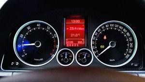 Korzystaj z obrotomierza, by obniżyć zużycie paliwa