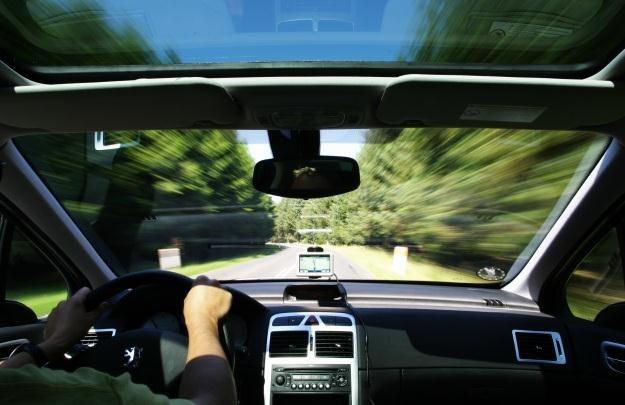 Korzystanie z nielegalnej nawigacji może prowadzić do problemów  fot. Kristian Stokholm /stock.xchng