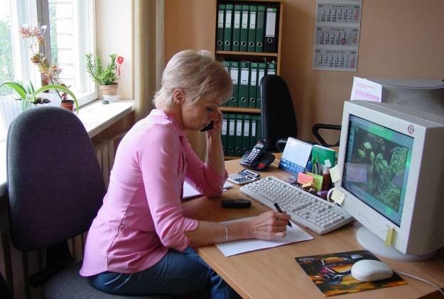Korzystanie z serwisów społecznościowych w pracy może być niebezpieczne dla firmy Fot. Milda K /stock.xchng