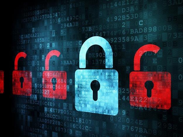 Korzystanie z serwisów społecznościowych zawsze wiąże się z częściową utratą prywatności /©123RF/PICSEL