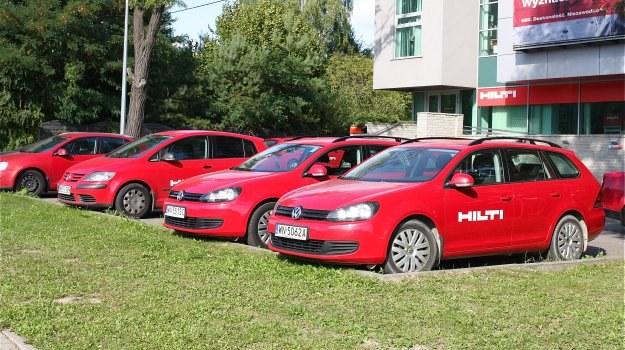 Korzystanie ze służbowego pojazdu może być kosztowne dla pracownika. /Motor