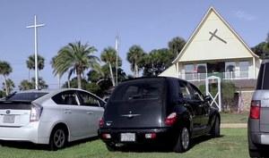Kościół dla zmotoryzowanych - takie rzeczy tylko w USA