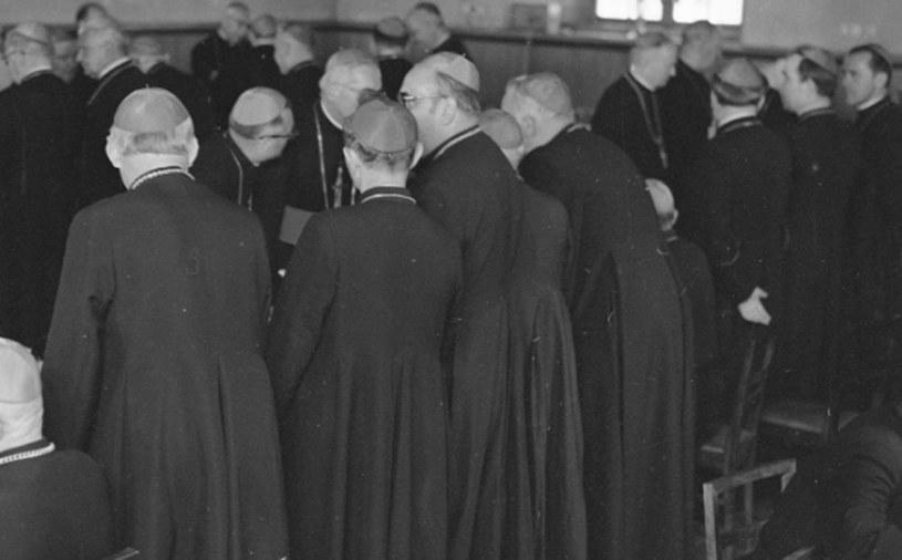 Kościół stanął w obronie Towarzystwa Kursów Naukowych /Z archiwum Narodowego Archiwum Cyfrowego
