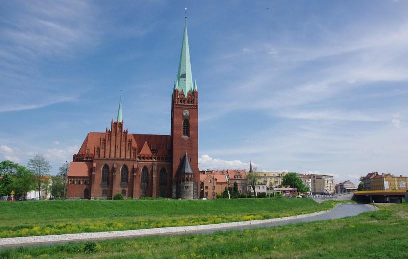 Kościół  św. Jacka w Legnicy. Tutaj w 2013 roku doszło do cudu /Marek Bazak /East News