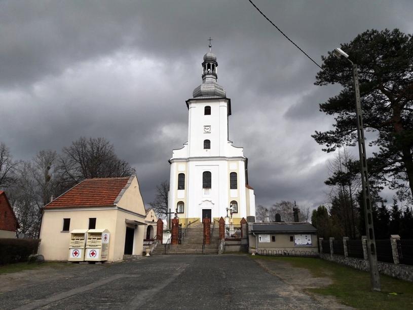 Kościół w Łubiu. Fot. ©Krzysztof Kruszyński