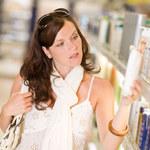 Kosmetyki, których warto używać latem