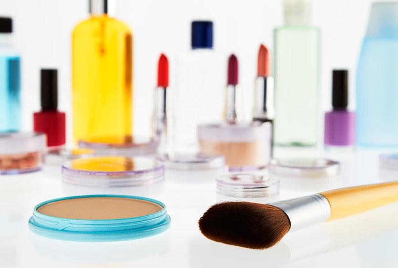 kosmetyki w lodówce /© Photogenica
