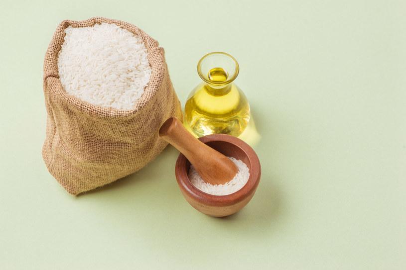 Kosmetyki z ryżu skutecznie cię odmłodzą. Kosztują grosze. /123RF/PICSEL