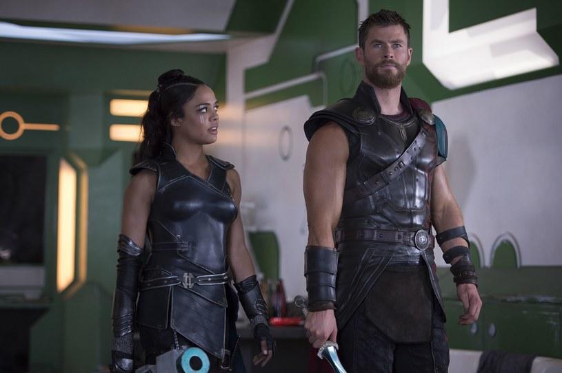 Kosmiczna przygoda, silne postacie kobiecie, Hulk, Led Zeppelin, świetne efekty specjalne i tona humoru - trudno jest znaleźć coś, czego w Thor: Ragnarok nie ma! /materiały prasowe