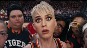 """""""Kosmiczny mecz"""" w wykonaniu Katy Perry. Zobacz teledysk """"Swish Swish"""""""
