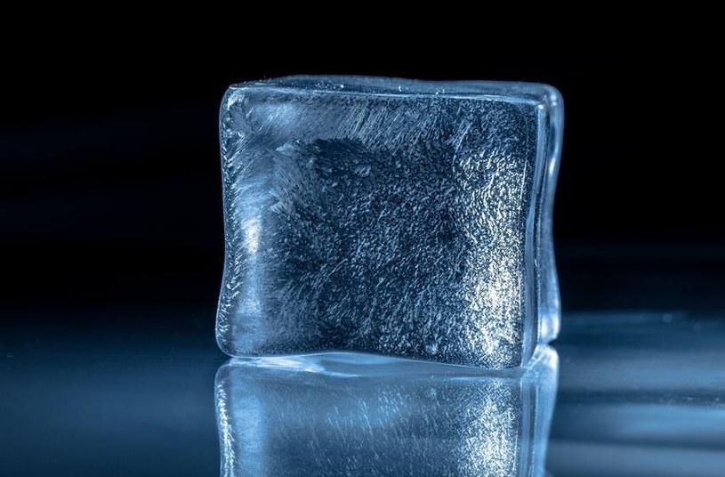 Kostka lodu /©123RF/PICSEL