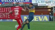 Koszmarny faul Carlosa Teveza. Złamał przeciwnikowi nogę