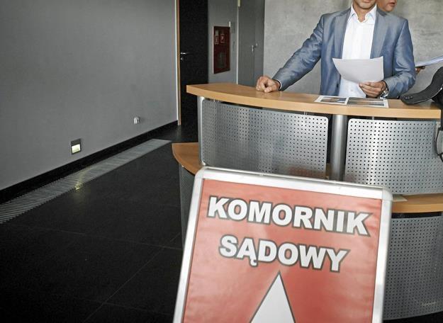 Koszmarny sen komornika - znikające długi... Fot. Marcin Stępień /AGENCJA GAZETA