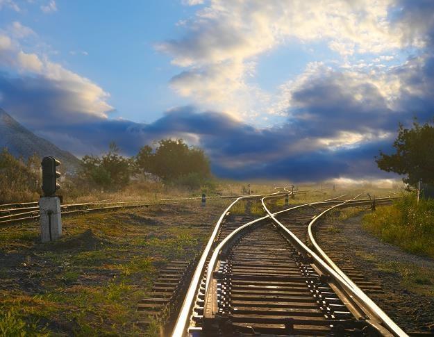 Koszty podróży w ponad 300 wybranych relacjach zaczynają się już od 2 złotych /©123RF/PICSEL