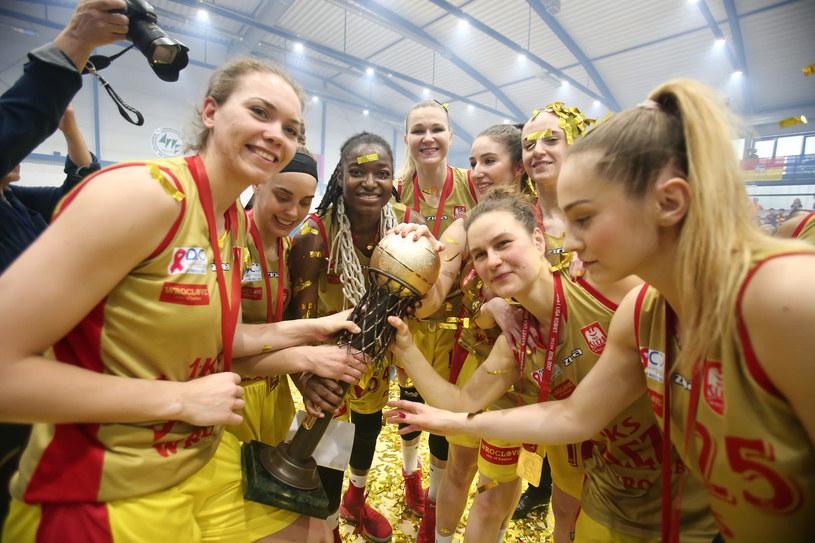 Koszykarki Ślęzy Wrocław są mistrzyniami Polski /fot. Paweł Relikowski /East News