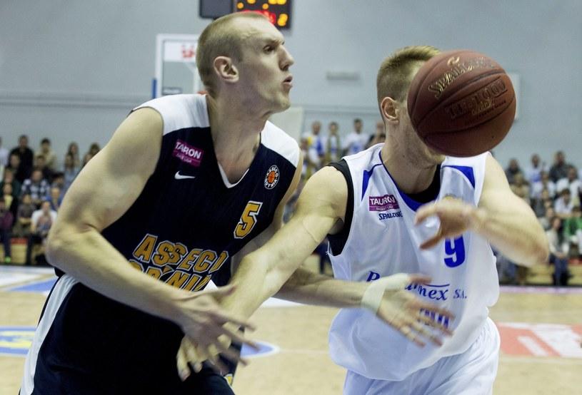 Koszykarze Asseco Gdynia przegrali po raz czwarty z rzędu /Fot. Grzegorz Michałowski /PAP