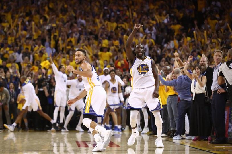 Koszykarze Golden State Warriors triumfują /AFP