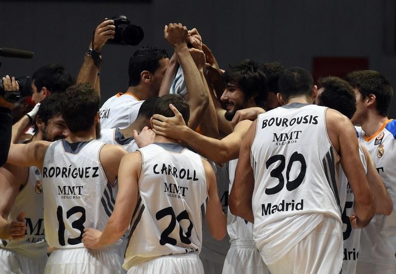 Koszykarze Realu Madryt świętują awans /AFP