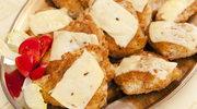 Kotleciki indycze z pieczarką i żółtym serem