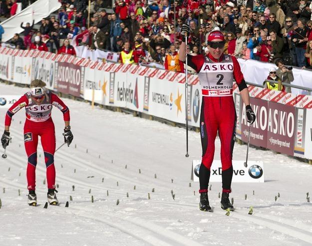 Kowalczyk finiszuje przed Therese Johaug /AFP