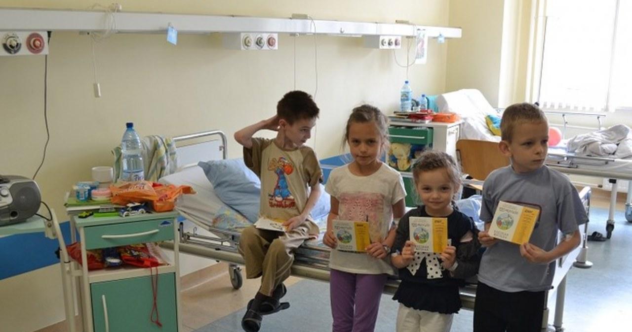 Koziołek Matołek zawitał do Wojewódzkiego Szpitala Dziecięcego w Toruniu