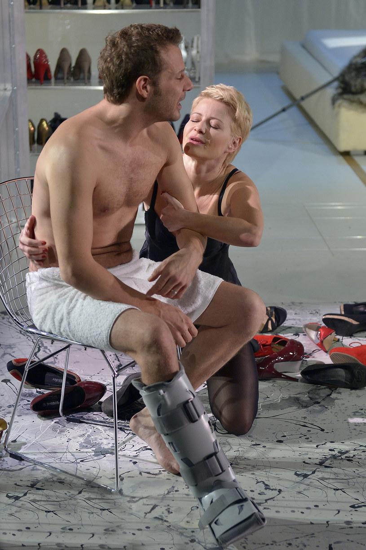 Kożuchowska i Małecki w teatrze /- /AKPA