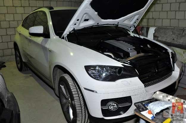 Kradzione BMW X6 /Policja