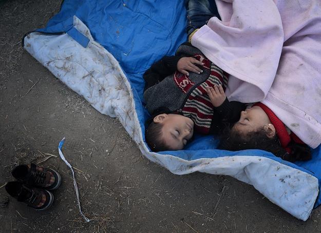 Kraje, które nie przyjmą uchodźców będą musiały zapłacić? /PAP/EPA