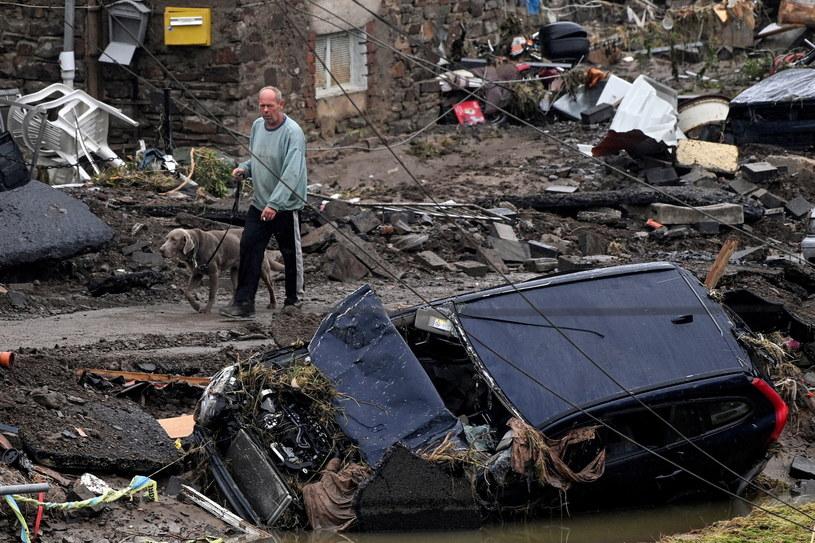 Krajobraz po powodzi w Niemczech /Sascha Steinbach /PAP/EPA