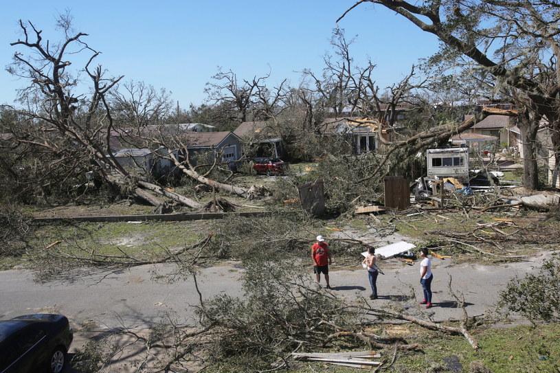 Krajobraz po przejściu huraganu Michael na Florydzie /DAN ANDERSON  /PAP