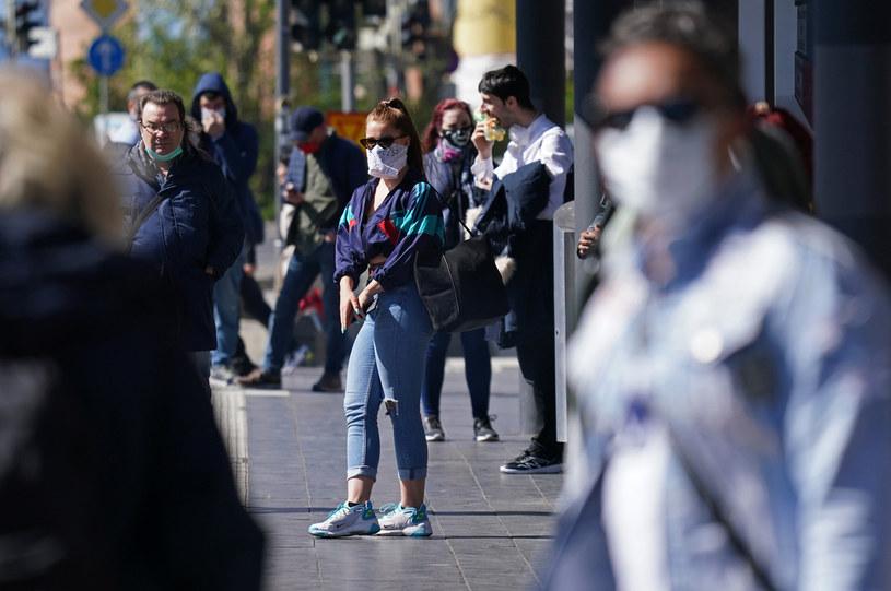 Krajowe populacje muszą wykształcić 70-procentową odporność? Zdj. ilustracyjne /Sean Gallup /Getty Images