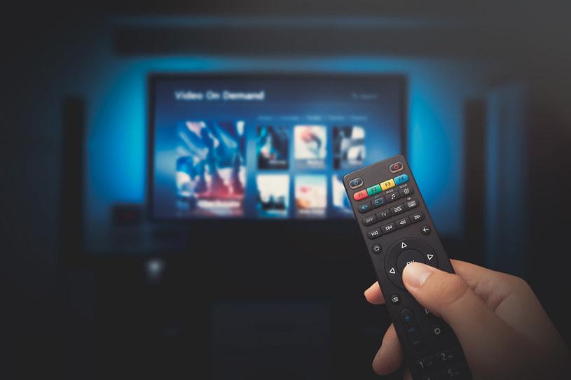 Krajowy Instytut Mediów wskazuje że ponad 2 mln telewizorów jest do wymiany w Polsce /123RF/PICSEL