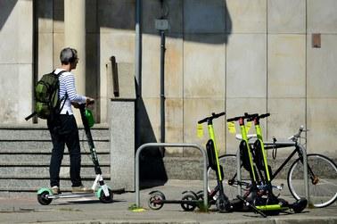 Kraków: Będzie zakaz poruszania się hulajnogami w rejonie Rynku Głównego?