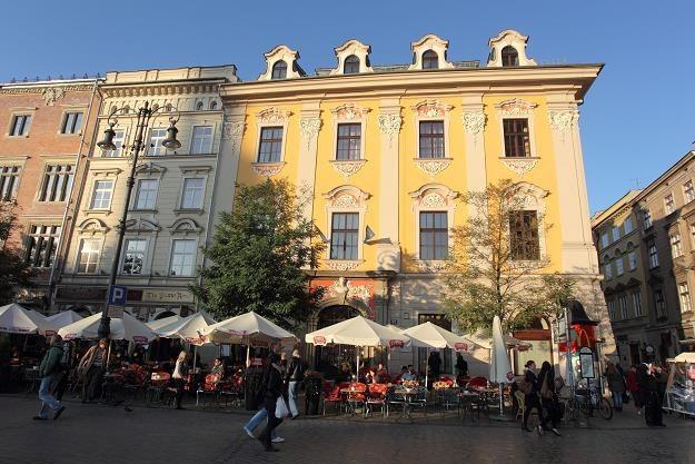 Kraków ma bardzo bogate zasoby mieszkaniowe w starych kamienicach /Getty Images/Flash Press Media