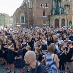 """Kraków pamięta o Wodeckim. """"Zacznij od Bacha"""" zagrane po hejnale"""