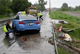 Kraków: Pijany kierowca bmw staranował pieszych na przystanku