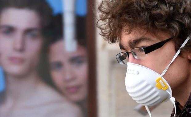 Kraków pod szczelną płachtą smogu. Lekarz radzi: Spożywajmy więcej flawonoidów