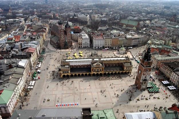 Kraków z lotu ptaka /Jacek Bednarczyk   /PAP