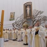 Kraków: Zarzuty za oblanie obrazu Jezusa Miłosiernego w Łagiewnikach