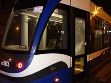 Kraków: Zatrzymano dwóch mężczyzn podejrzewanych o ostrzelanie tramwajów