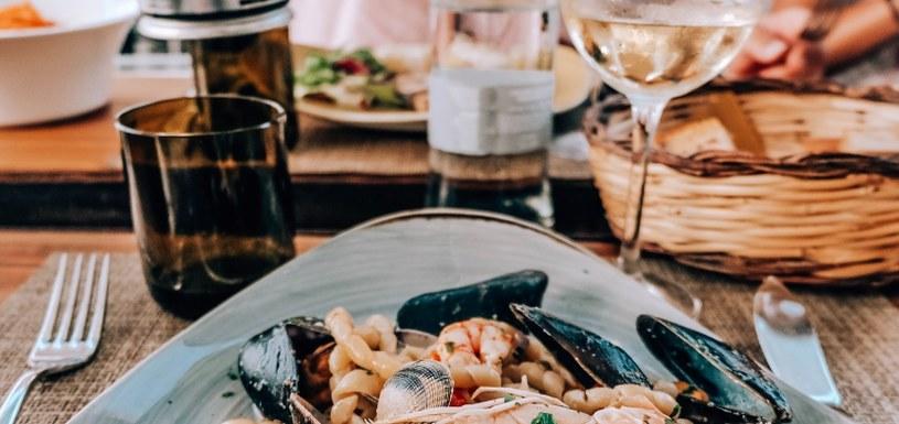 Krakowscy szefowie kuchni przygotują steki oraz owoce morza /materiały prasowe