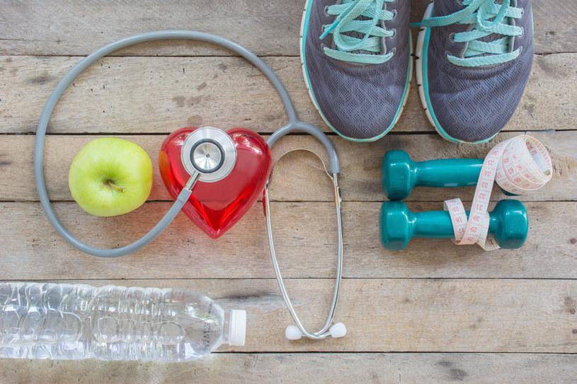 Krążenie poprawia ruch i odpowiednia dieta /123RF/PICSEL