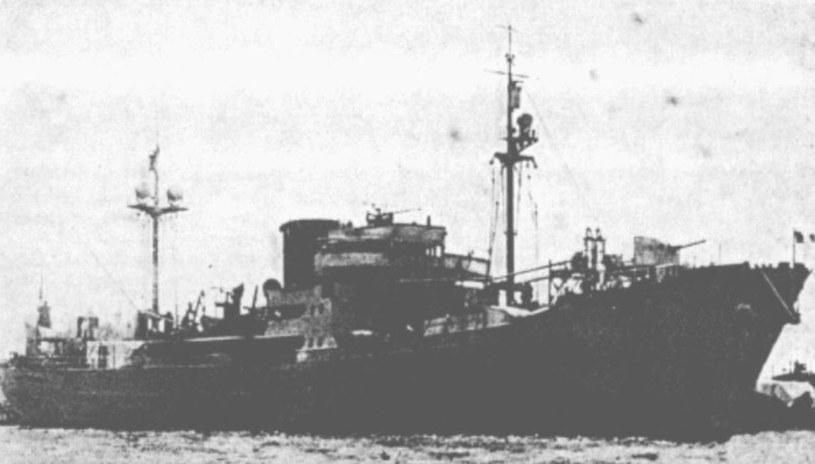 """Krążownik pomocniczy """"Victor Schoelcher"""", na którym przewieziono złoto /domena publiczna"""