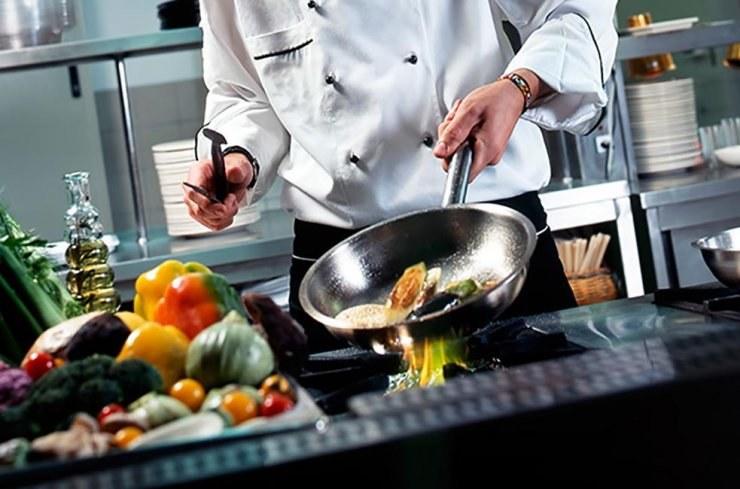 Kreatywność w kuchni /© Photogenica
