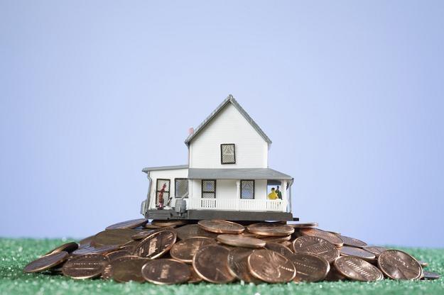 Kredyt hipoteczny posiada w Polsce status największego zła i obciążenia /© Panthermedia