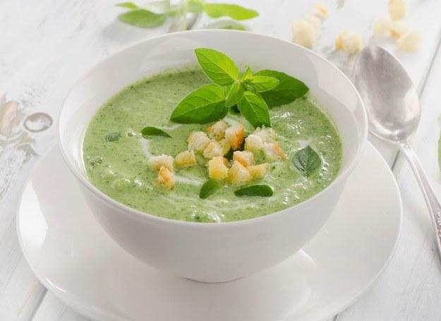 Kremowa zupa z groszku /123RF/PICSEL