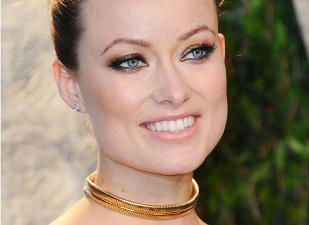 Kreski namalowane eyelinerem wyglądają efektownie /Getty Images/Flash Press Media