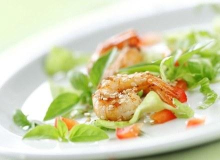 Krewetki to jedne z najpopularniejszych owoców morza /Foody.pl /materiał zewnętrzny