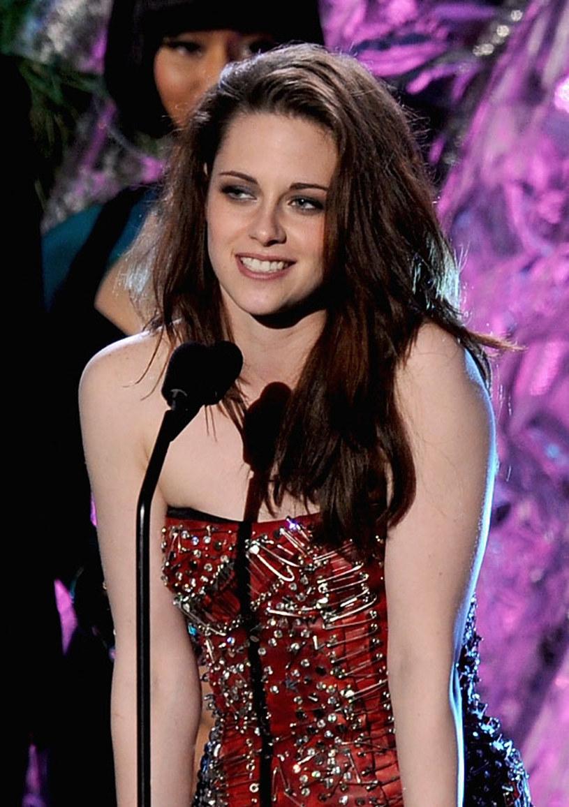 Kristen Stewart miała kiedyś piękne długie włosy /Kevin Winter /Getty Images