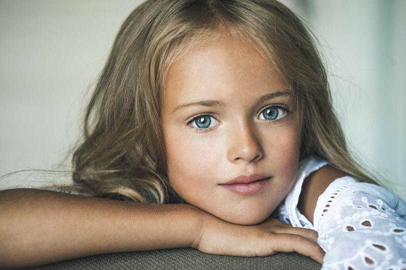 """Kristina Pimenova, nazywana często """"najpiękniejszą dziewczynką świata"""" na zdjęciu w 2014 roku /East News"""